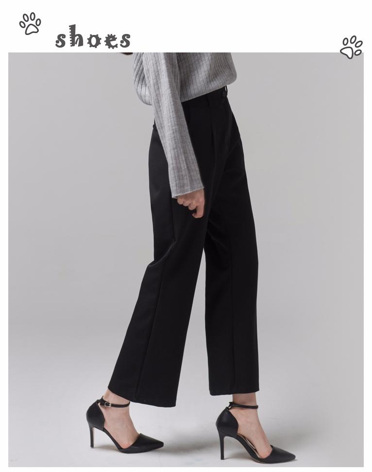 # 黑色高跟鞋 開始工作之後,對於女生來說一雙經典的黑色高跟鞋是必不可少的,下班之後去約會也同樣可以繼續穿這雙高跟鞋,它從不讓你失望哦~