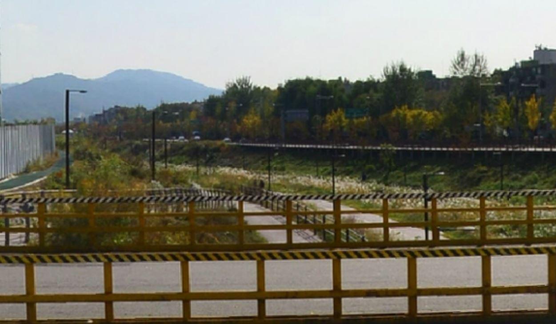 台灣RM粉絲建立的「週一樹林」就位於首爾江東區的上一洞