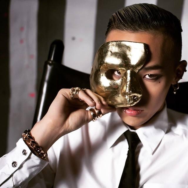 ✮ BIGBANG :: G-DRAGON  ◆ 登記創作曲數:160 首 ◆ 單獨創作曲數: 6 首