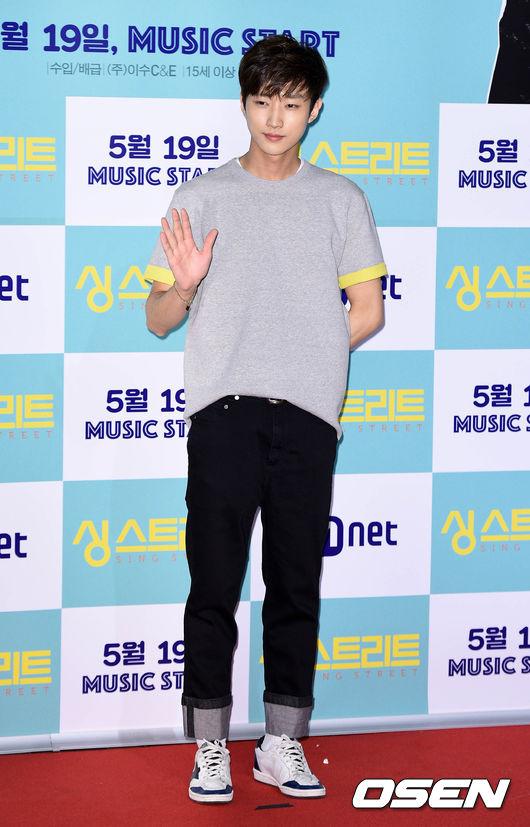 演戲唱歌創作的全能偶像,B1A4振永 雖然綽號是老爺爺,但是振永的創作實力可是一點都不老啊!