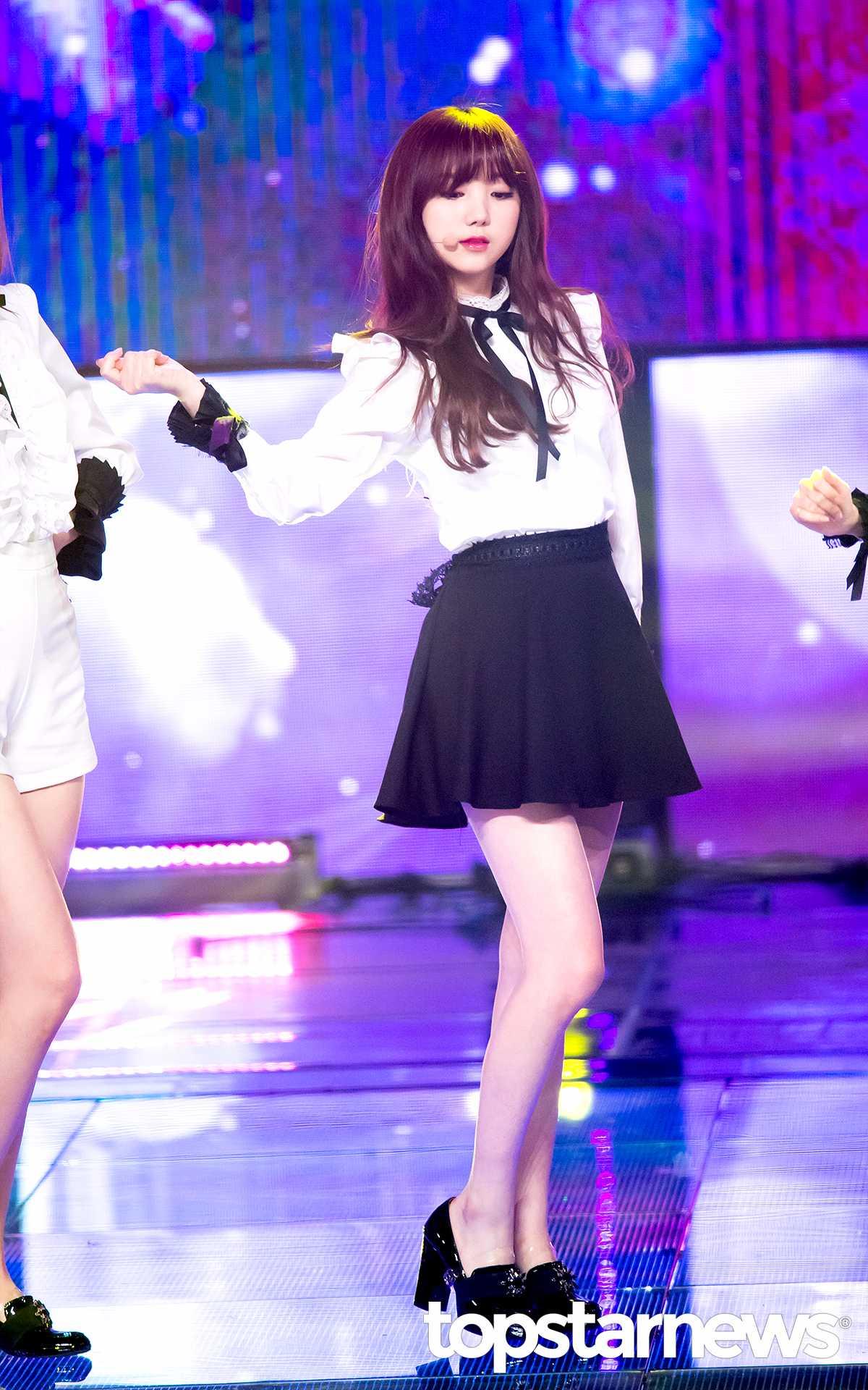 Lovelyz - Kei Sowon、Yu Jin和Kei就是韓國演藝圈的三大鳥仔腳女偶像啊XD