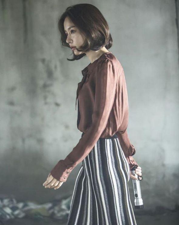 ✿TOP 9- SBS《Wanted》 話題佔有率:3.80% ➔下降2個名次 ※講述人氣女演員-鄭惠仁(金亞中),為了尋找被綁架的兒子而出演真人秀,按照嫌犯的要求完成任務,孤軍奮鬥的故事。