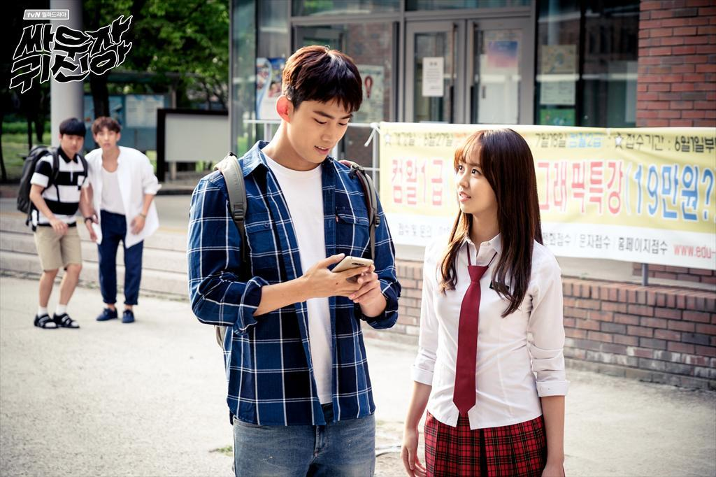 ✿TOP 7 - tvN《打架吧鬼神》 話題佔有率:4.11% ➔下降2個名次 ※講述在高考前一天死去的19歲少女-金賢智(金所炫飾),為了找回記憶,和擁有能看見鬼神的靈眼,和能感知並能夠碰觸鬼神的驅魔師朴奉汃(玉澤演飾)住在同一個屋簷下,結合恐怖、浪漫、搞笑的故事。