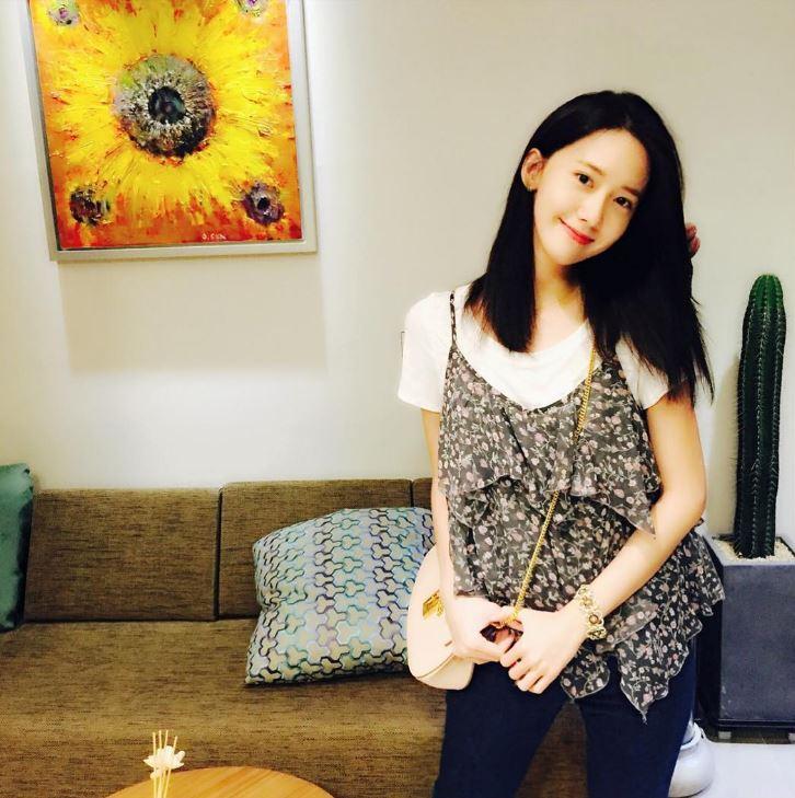 多次出演電視劇的經驗讓久未在韓國出演電視劇的潤娥,接到了tvN預計在9月要播出的新戲《K2》(劇名暫定)的出演提案