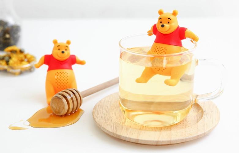 和可愛的維尼一起來喝杯下午茶,很大爺感的維尼泡茶器讓人煩悶下午的憂鬱感一掃而空