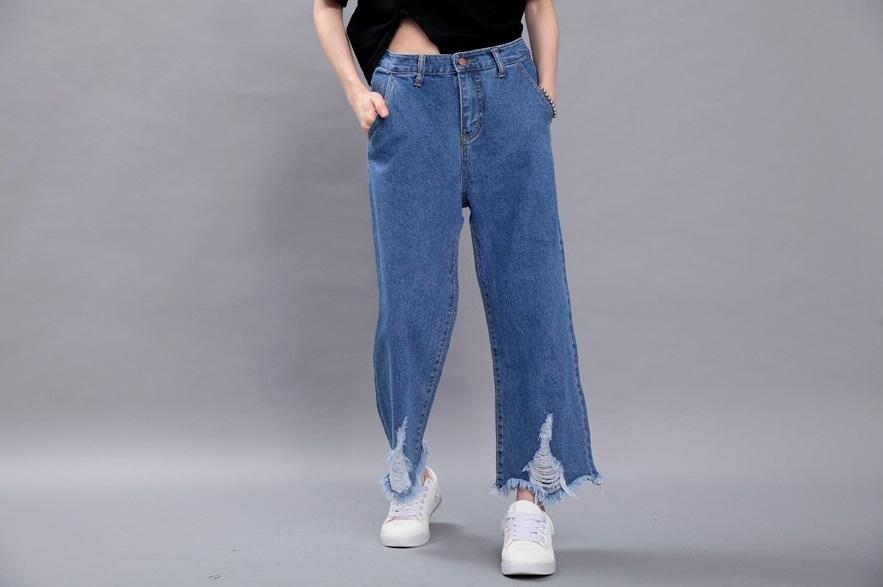 ►男友褲/寬褲 這種類型的褲子會讓他們覺得一點女人味也沒有,根本就是男生。