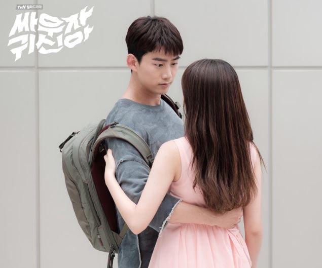 接著是最近和金所炫一起出演《打架吧鬼神》的澤演,雖然劇情本身一開始真的超搞笑,但不得不說澤演到後來有越來越浪漫,兩人愛情戲也很心動啊~~~