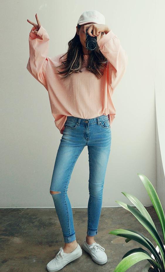 icecream12 - 刷破修身牛仔褲 牛仔褲永遠不嫌多啦,尤其是可以修飾身材的款式穿上去讓人小一號是韓妞必備品