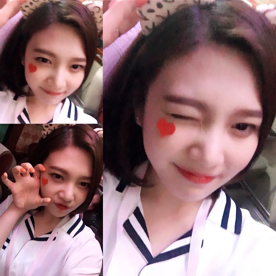 其實SM娛樂也有一位和雪莉的氣質很相似的溫美女~那就是Red Velvet的Joy~
