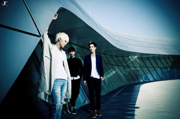 #09. MBLAQ  Music Boys Live in Absolute Quality的字首縮寫,意指絕對品質的音樂男孩。