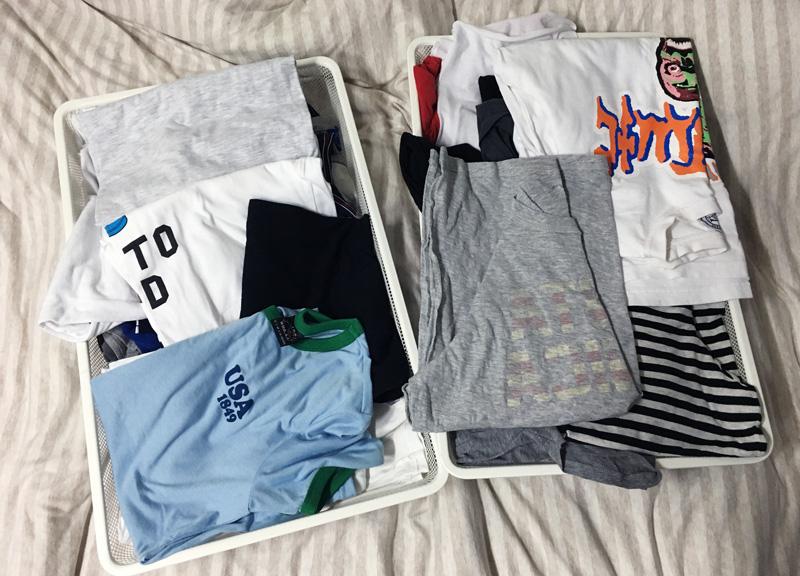 T-shirt太舒服~常常一不小心就買太多...而且還有不少價格都不便宜...但是很多都穿過一兩次就沒再穿了好浪費ㅠㅠ