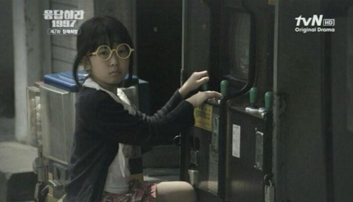 大家還記得《請回答1997》中,這位演鄭恩地小時候的小女孩嗎?這個小女孩就是金歡喜啦~~