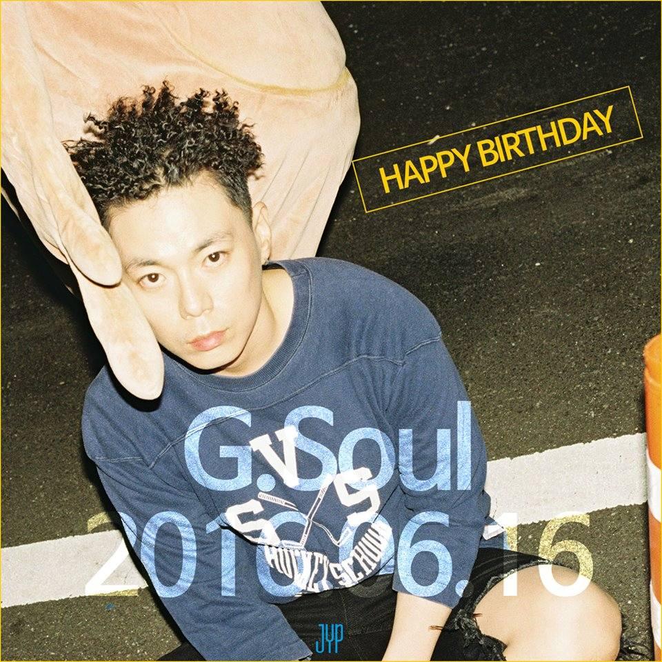 #01.G-soul 15年 (JYP) 號稱透過15年的練習生涯,淬練到只剩靈魂的G-soul~在2001年時因為參加節目深獲JYP賞識,有著美國夢的JYP更不惜血本的將他送往美國受訓,光是在美國就待了9年。最後帶著自創曲返韓出道,雖然過程艱辛,但反應卻不如預期…確實是有些可惜