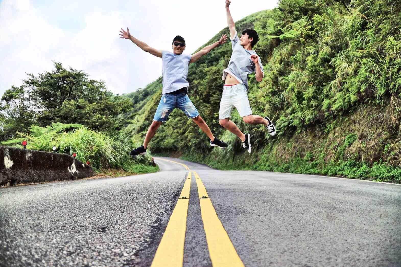 不管是和朋友、情人還是自己,都可以拍出張張超完美的照片,順便踏青,絕對是暑假和好友出遊的好去處囉!