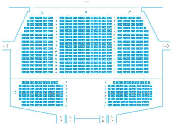 INFINITE的‵那年夏天′演唱會每2年舉辦一次,演唱會選在小劇場舉辦~~小劇場能夠容納大約1000名觀眾左右~