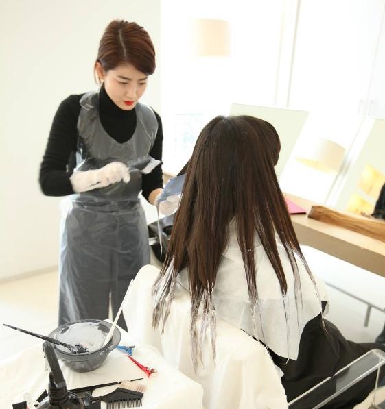 #7. 去剪頭髮忘記跟設計師說不要打層次