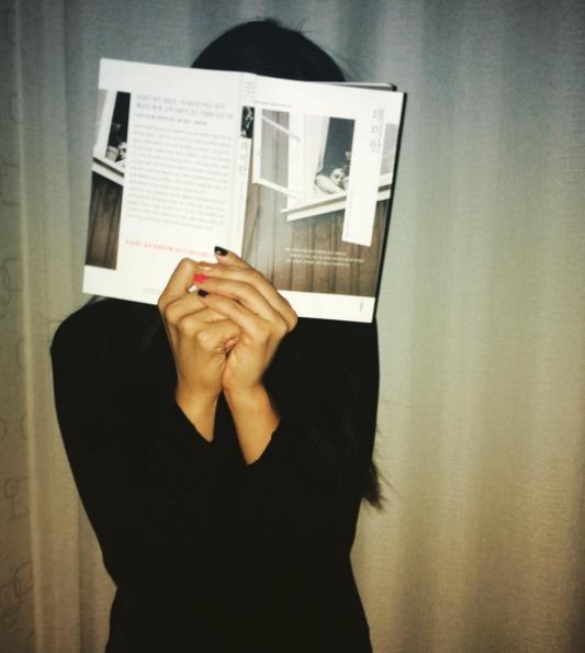 ▶ 枯燥的事 找本看會覺得無聊的書或是沒興趣的電影,應該是很多人都用過的方法,絕對比數羊還有效