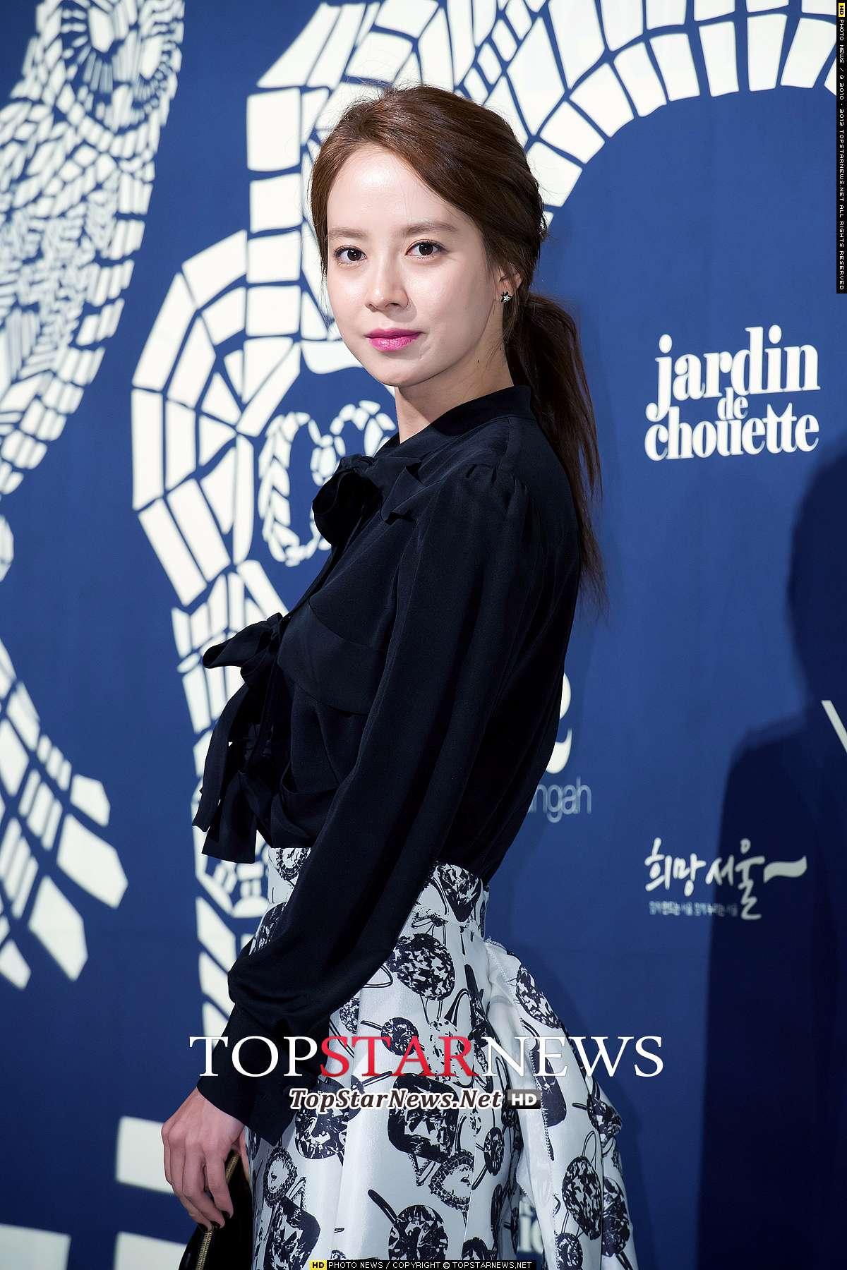 智孝真的是小編很喜歡的一位女演員~~~ 雖然很多人只注意到她在RM的表現 但如果有多關注韓劇就會知道智孝也是完全演技派的啊!!!!!!!!!
