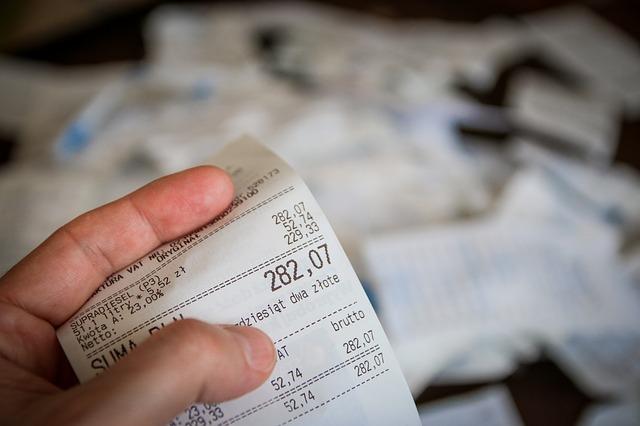 2. 不知道自己花多少  記帳真的是控制自己花多少最好的辦法(雖然很麻煩又常常會忘記...)