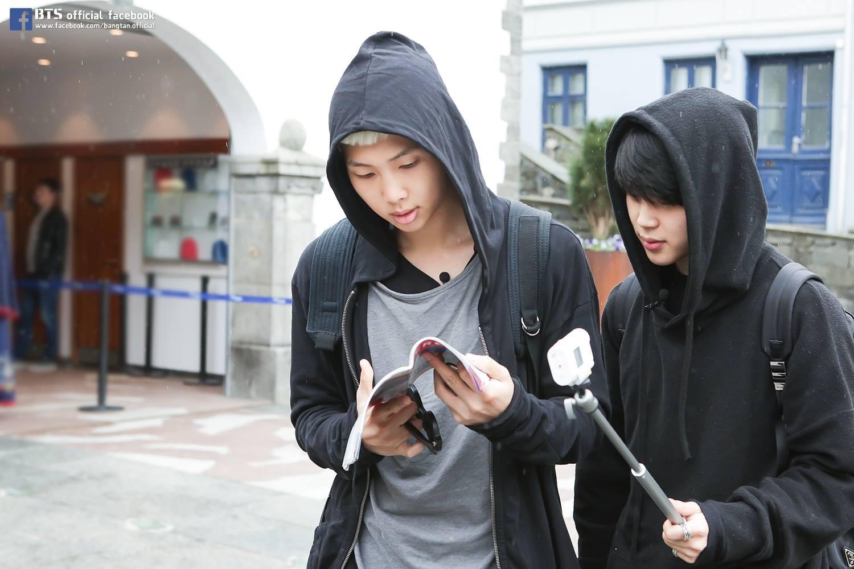 防彈少年團 Ji Min 175cm/Rap Monster 181cm 身高差:6cm