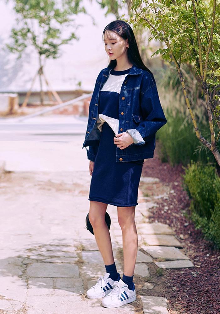 這種配色法給單調的衣著增添了活力與亮點,如果巧妙應用在聚會等場合,既得體又不失時尚感^^
