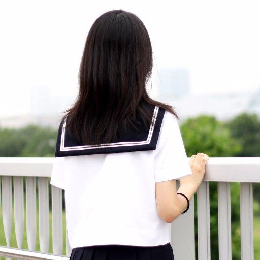 這個人工智慧還有名字「りんな」(Rinna),中文譯為「玲奈」
