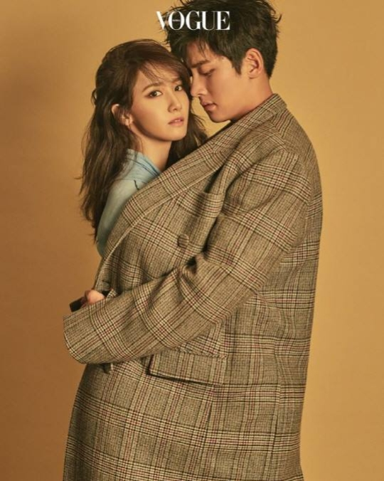 除此之外~~電視台tvN還表示「只要上傳觀看第五第六集《THE K2》的認證照參加活動,就會抽出三位幸運粉絲可以蒞臨片場觀看演員們演戲」  《THE K2》的劇迷們會不會太幸福了啊~~~~~~~~~