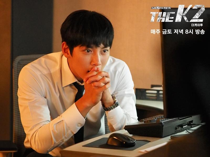 最近熱播中的韓劇《THE K2》,男主角池昌旭在劇中的打架戲,讓觀眾們看得非常過癮,不只是女性觀眾被煞到,也有不少男性觀眾也忍不住直呼「好帥!」♥♥
