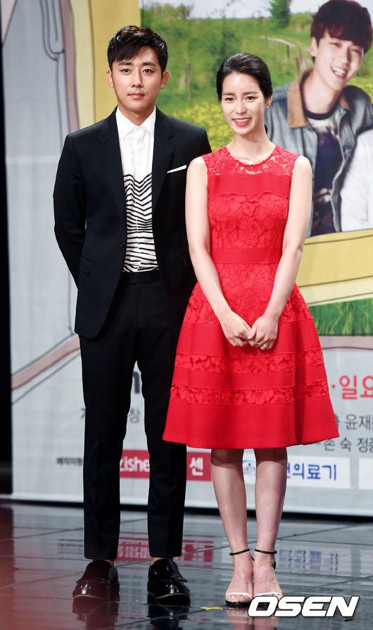 ✿TOP 9- MBC《吹吧,微風啊》 話題佔有率:2.28% ➔上升7個名次 ※講述一位身價1000億韓元的老爺爺,在所剩時日不多時,偶然得知自己還有個子孫後所展開的故事。