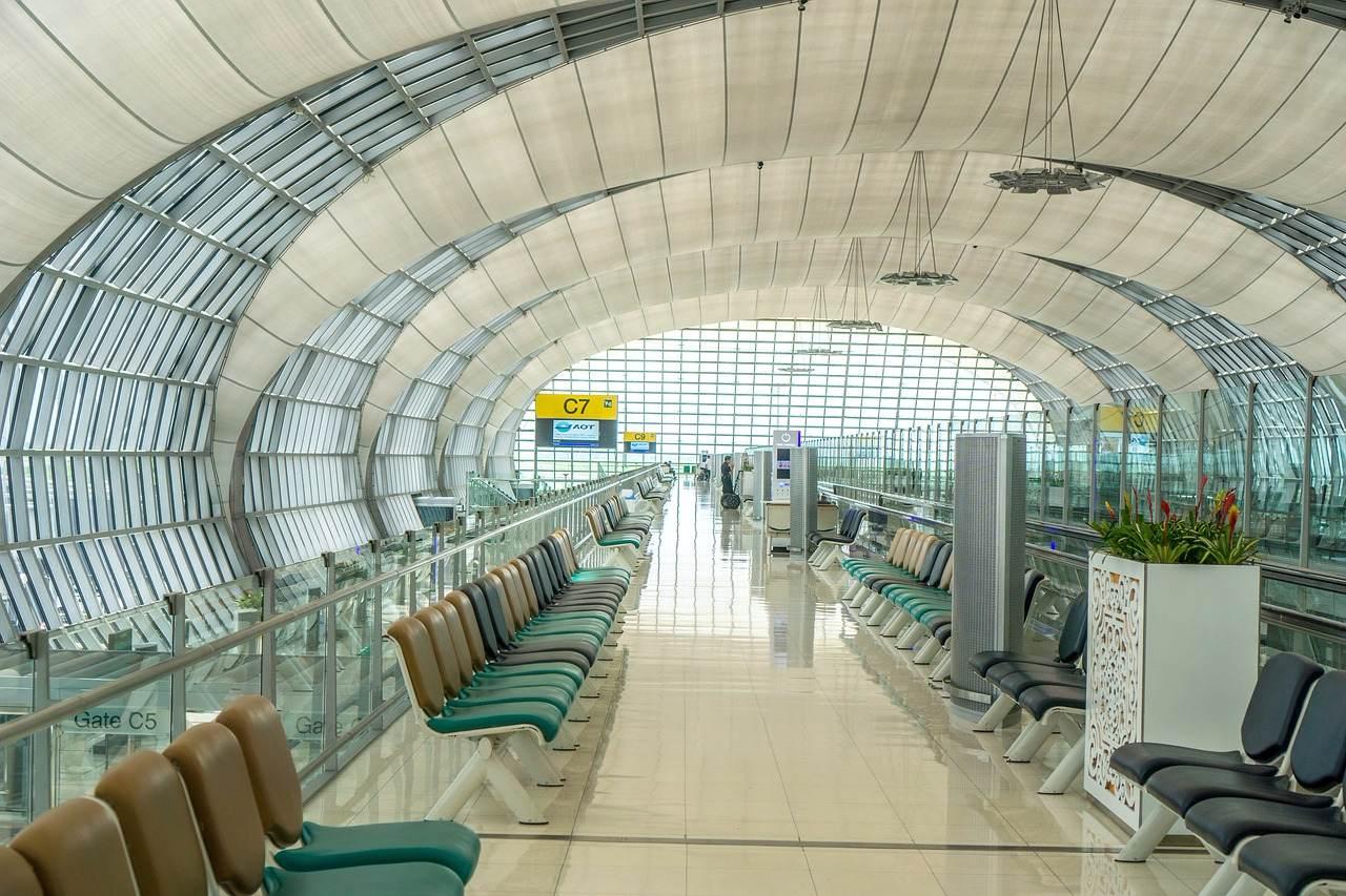 未來1年如果要到泰國旅遊,記得要遵守泰國政府的禁令