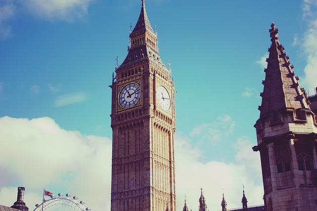 答案是倫敦啦~