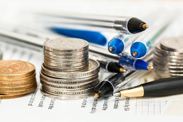 3.寫文章的組織要政治中立,財務來源和利益關係都要標明