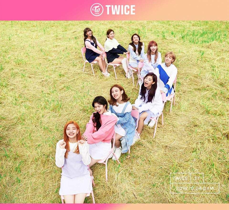 延續上一張專輯《Page Two》的氣勢,TWICE雖然才出道一年但照這個氣勢,連韓國媒體也預測TWICE 將成為新一代女團中的新指標。不僅預購+首週唱片銷量已經超破6萬張