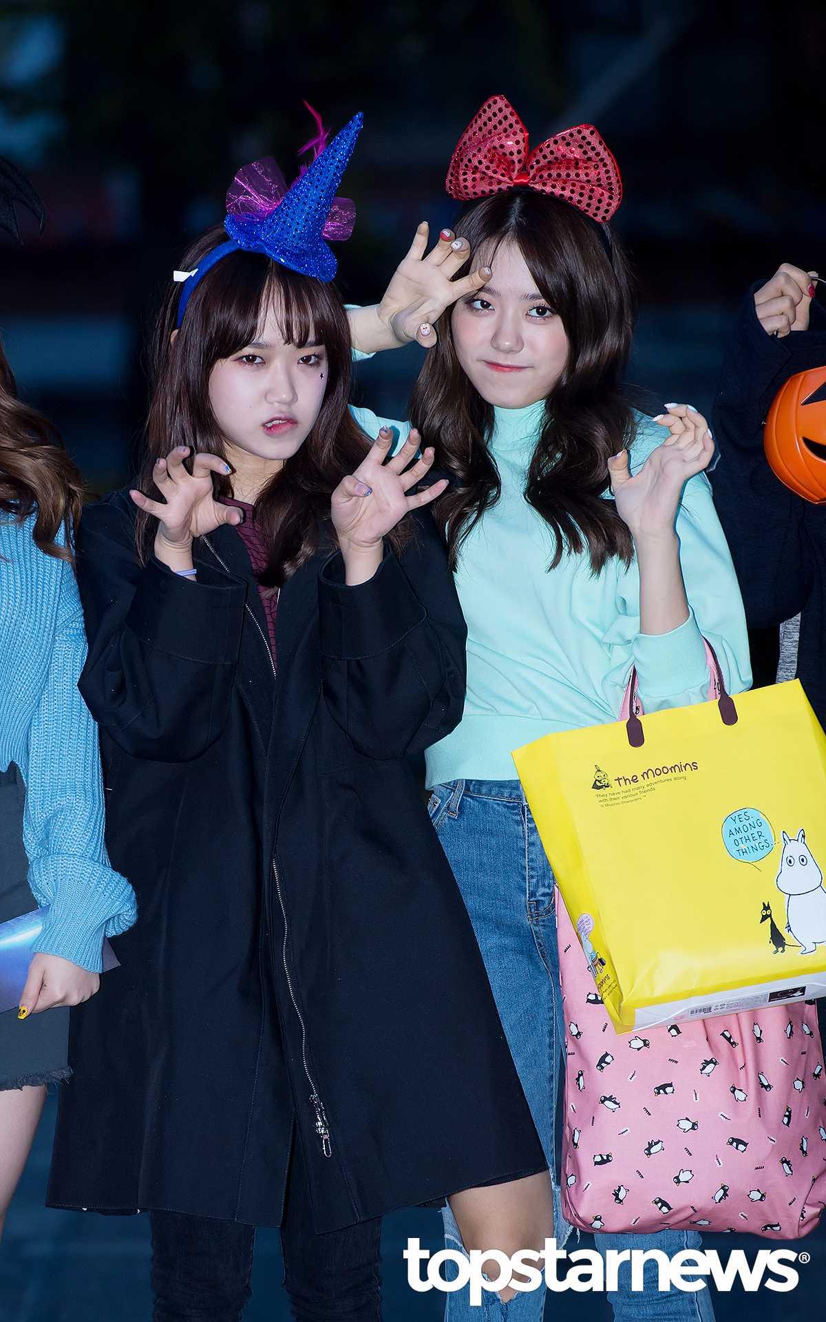 #4 I.O.I_Yoo Jung、So Hye  而I.O.I帶了各式的髮箍和南瓜燈 除了可愛之外 感受不到可怕啊XDDDD