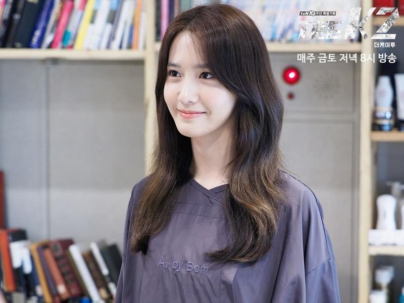 然而最近除了潤娥以外,還有一位SM旗下的女歌手,出演了另一部金土劇(週五週六播出的戲劇),演技也得到了很好的評價,大家知道是誰嗎?