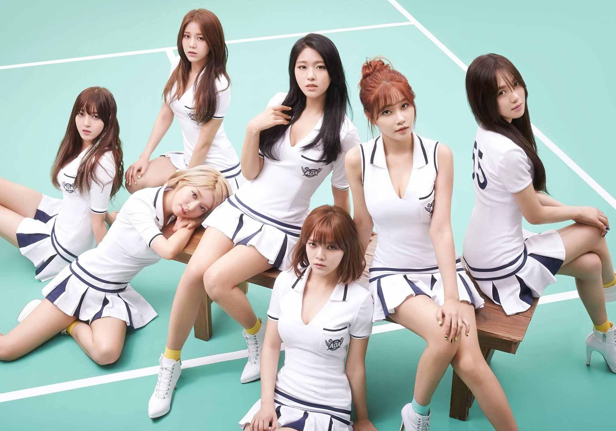 喜歡AOA的粉絲,最近可能又進入了苦等她們回歸的日子, 今年5月發行的《GOOD LUCK》時不僅因為諸事不順,打歌期只有短短一個月。在韓國只發行過迷你專輯的AOA,最近往日本發展卻已經要發行第二張正規專輯,不只讓韓國的粉絲有點小小的吃醋