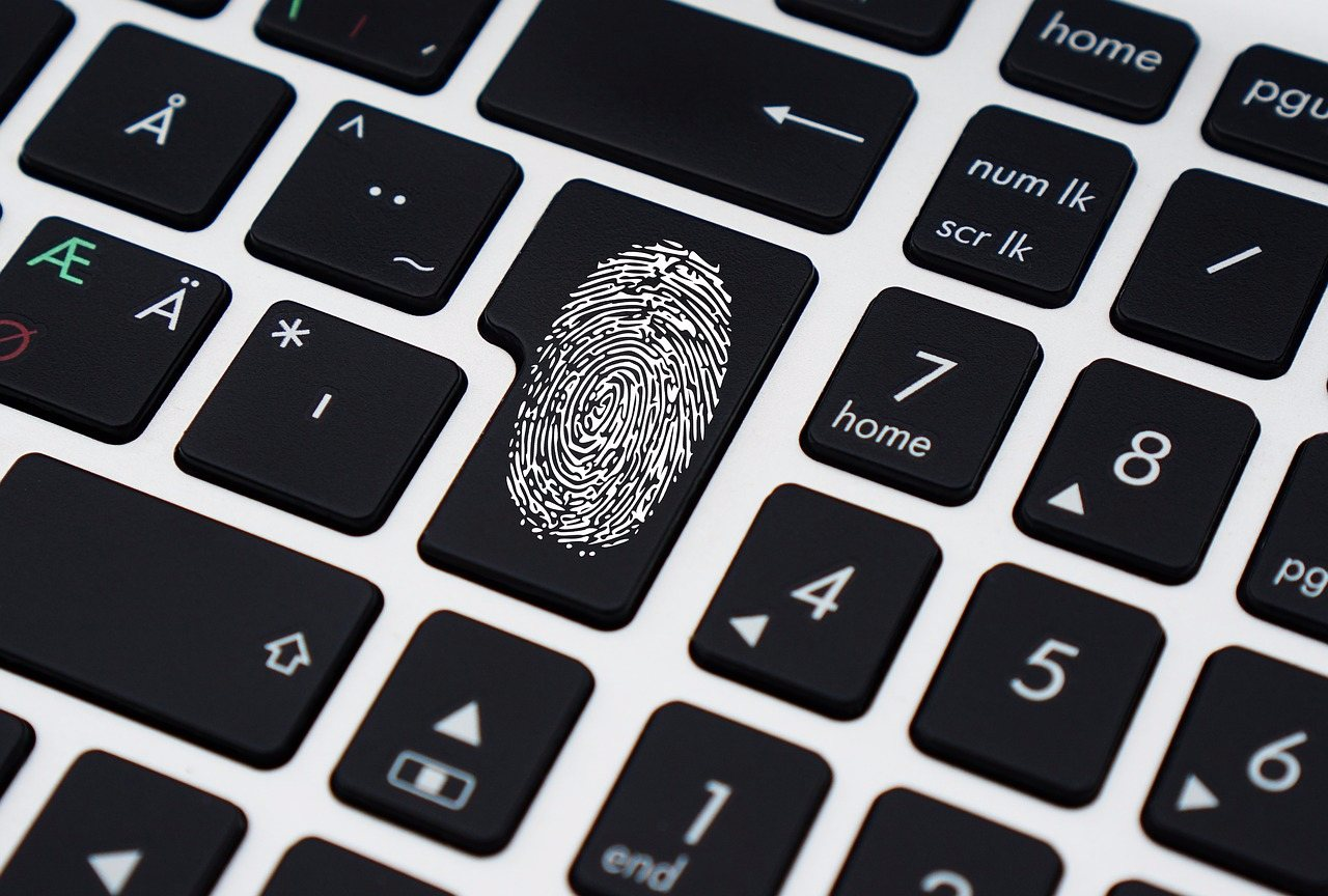 有的人為了「密碼安全性」會用前男/女友生日或電話當密碼,你可以接受嗎?