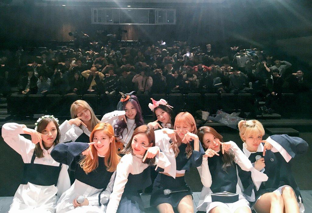 雖然是新人女團,但有為數眾多的韓國粉絲和喜愛她們的觀眾,TWICE真的是很幸福呢!