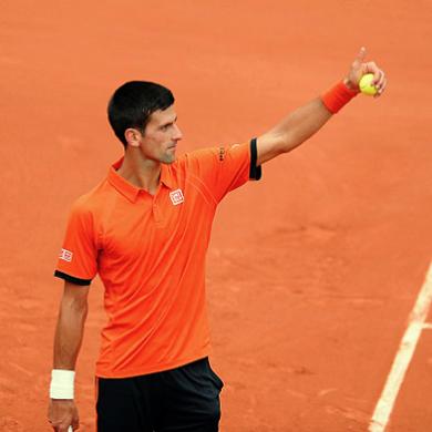 #6 Novak Djokovic 56百萬美元 29歲 世界級的網球好手,在過去5年多拿下了11個大滿貫頭銜,2015年他更首次創下在季賽中贏得20百萬美元獎金,同時Uniqlo、愛迪達等都是他的贊助商。