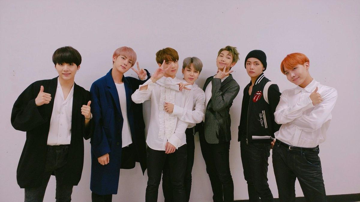 Big Hit娛樂 總職員:51人 平均年薪:約3246萬元(約台幣88萬) 旗下藝人:BTS、李昶旻、李賢、Homme、Supreme Boi (小編的夢想公司~~~!!XDDD)