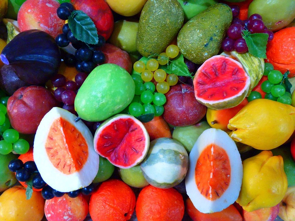 多吃水果有益身體健康,身為水果島國的子民們,大家其實是相當有水果口福的人喔~