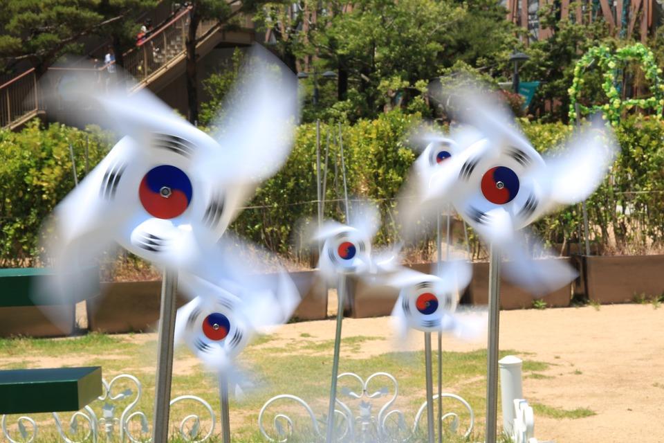 大家都知道最近的韓國很不平靜。