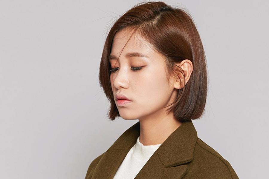 style 8:斜分中短直發   時尚指數:★★★★★   整個髮型散發出乾練的氣息,適合時尚職業小白領...一邊頭髮隨意掛在耳後即可完成整個髮型,根本不費事XD
