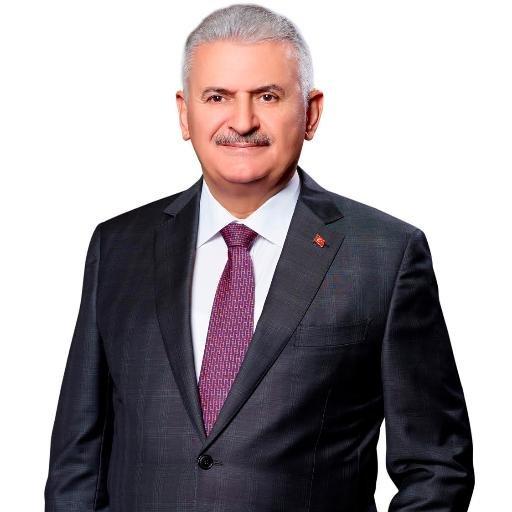 土耳其總理 Binali Yildirim解釋,這個法案不是為了「赦免性侵」或「幫性侵犯找藉口」,而是「要讓那些不知道自己違法的人恢復名譽」並避免讓那些遭性侵的女孩們受到排擠。