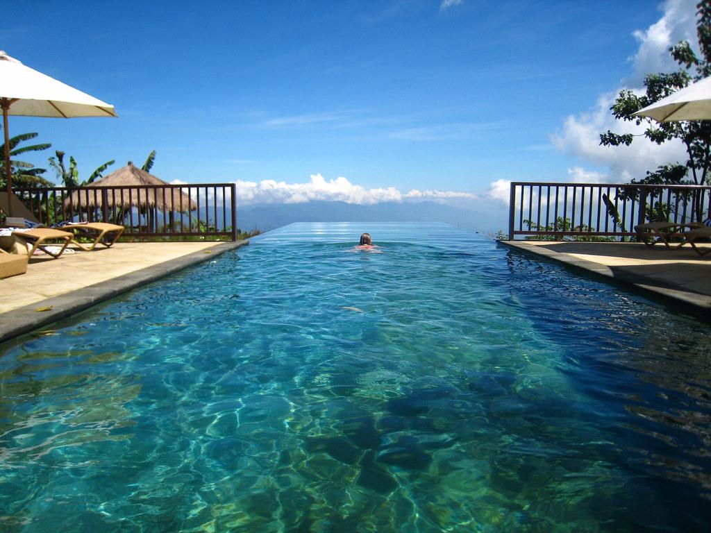 至於想到「度假放鬆」,台灣人首選的地方是「峇里島」