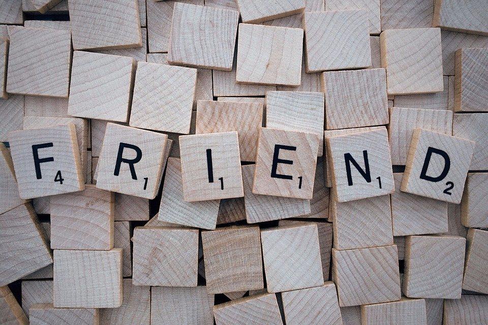 如果你被問到「你有幾個朋友?」 現代許多人可能會回答FACEBOOK上的好友數。