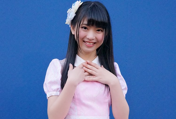 AKB很特別的是,AKB48由Team A、Team K、Team B、Team 4與Team 8五個分隊組成之外,在日本各個地區都有相當在地化的小隊,甚至推出了海外的JKT78(雅加達48)、臺灣也在今年成立了TPE48。 如是Team AKB48的稱作「正式成員」,而其他再各個小隊活動的成員都稱作「研究生」,各個「研究生」或是有活躍的表現,便可能被提拔加入AKB48成為正式成員。