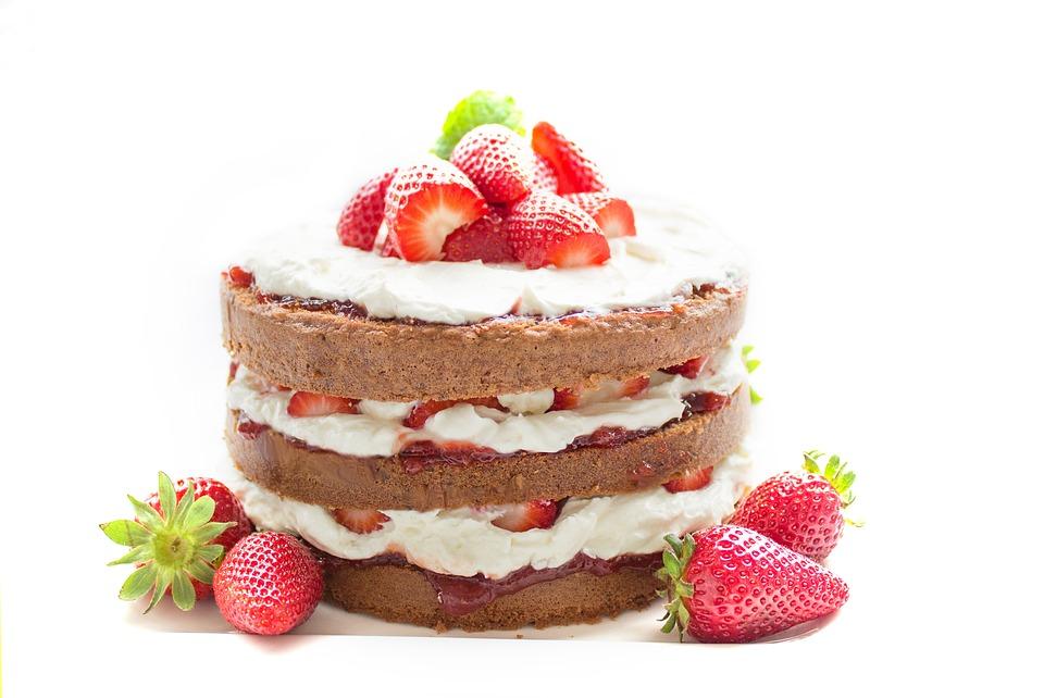 ►蛋糕 蛋糕本身屬於精緻甜點,不僅容易影響粉刺和痘痘,也很容易讓肌膚變得更為暗沉。
