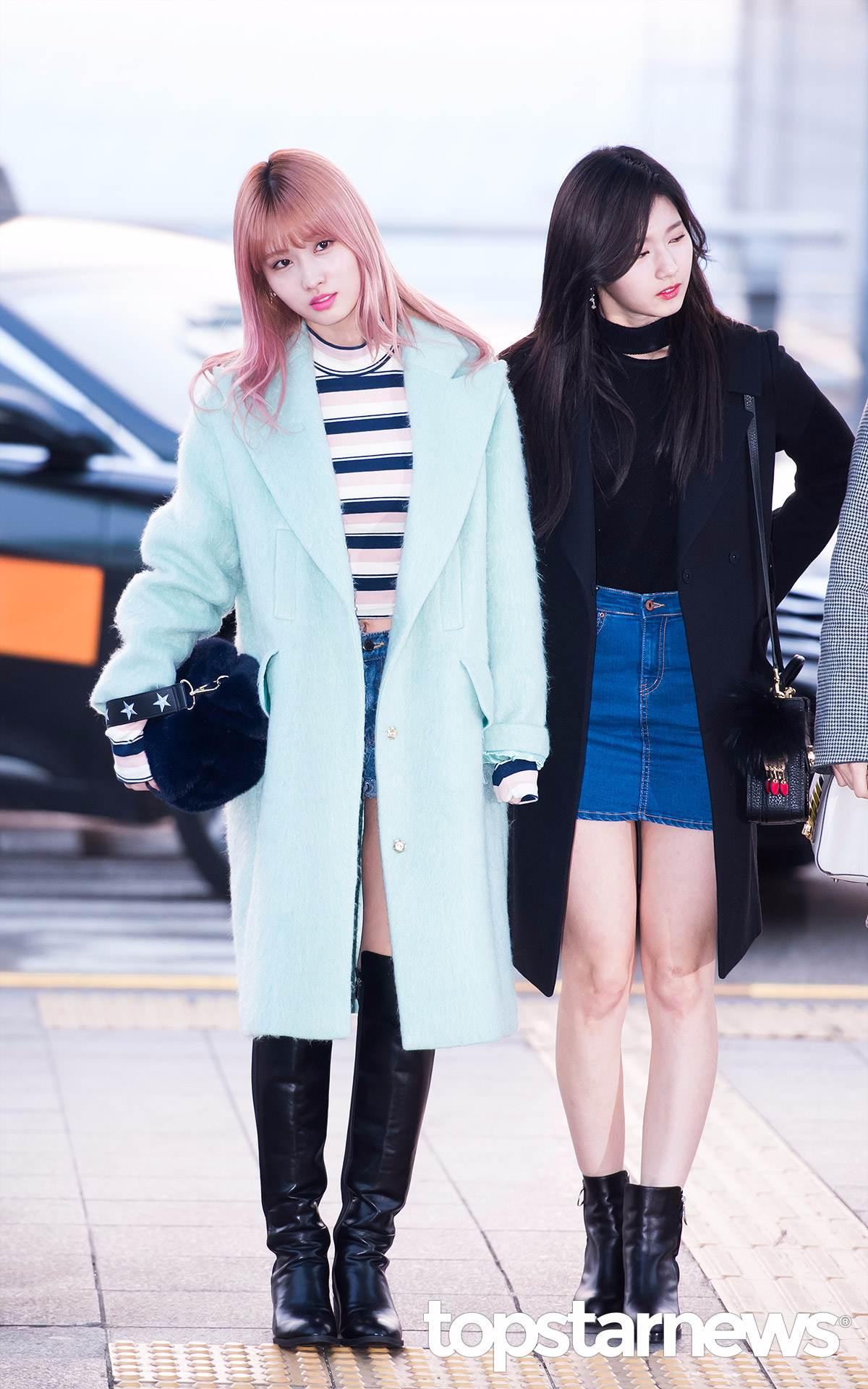 Momo的淺藍綠毛大衣有早春的感覺,內搭性感的露肚短上衣讓摩登少女覺得那件外套保暖效果十足啊XDD;Sana的穿搭則是每個女孩都能參考的基本樣式喔!