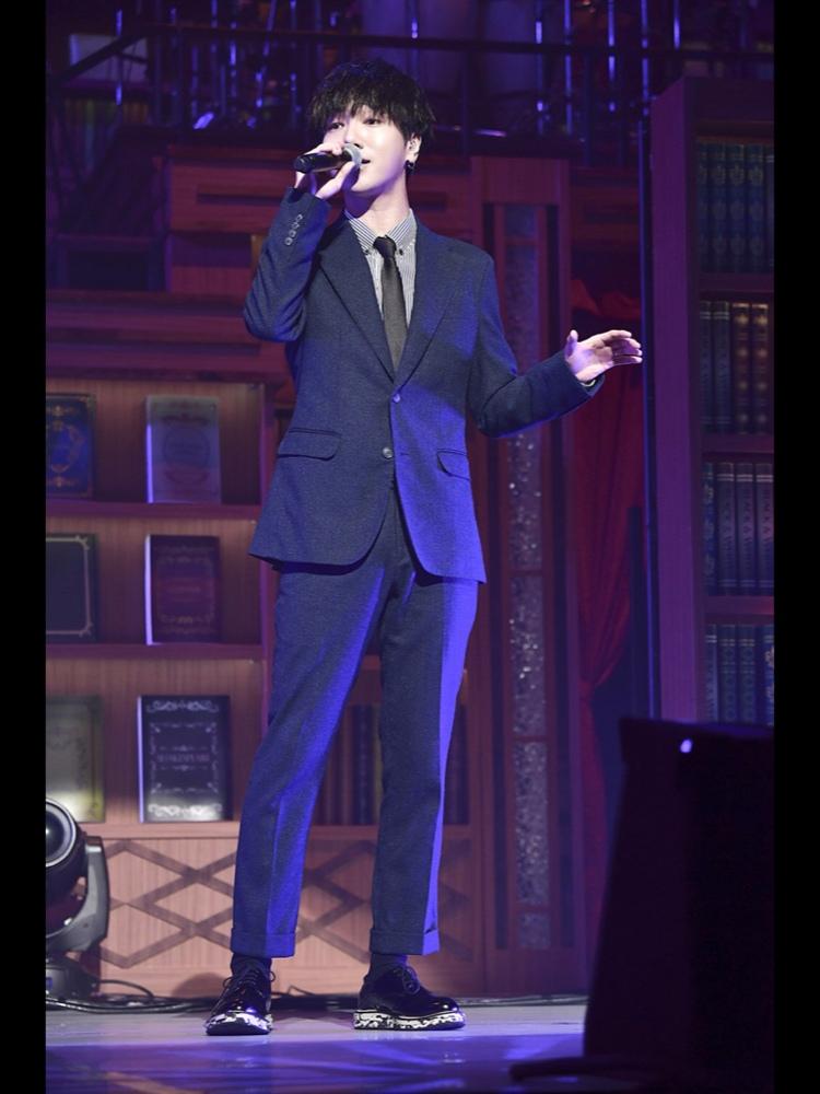 Super Junior - 藝聲 藝聲的帥氣貌似也只有紛絲知道啊~~~